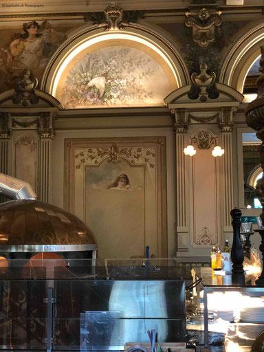 Highlight ist der Steinofen, wo die besten Pizzas des Berner Oberlands zubereitet werden.
