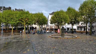 verregneter Platz in Maastricht