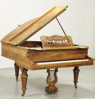 exposé piano histoire