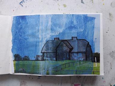 Blaue Stunde am Haus