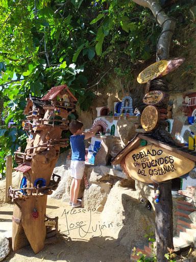Jose Luján artesano madera