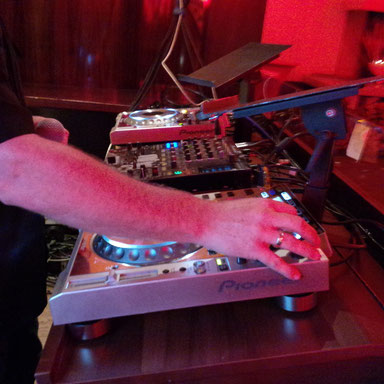 DJ mit full equipment !
