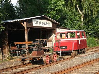 Handhebel und Motordraisine im Museumsbahnhof Klein Mahner