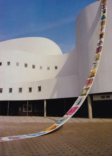 Installation Schauspielhaus Düsseldorf (47,0 x 0,90 m)