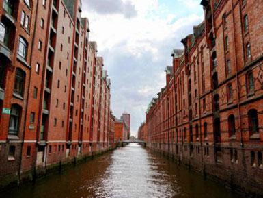 Hamburg by Rickshaw - UNESCO Welterbe Speicherstadt