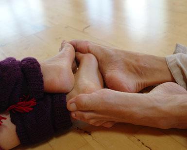 Nähe und Berührung fördert die Beziehung