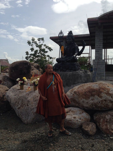 Krube at new Wat Buriram