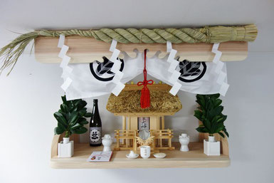 茅葺一社 杉棚板(90 x 45) 杉上部&サイド雲板 ステンレス製ご神鏡 オリジナル神前幕 しめ縄  角花榊立神具