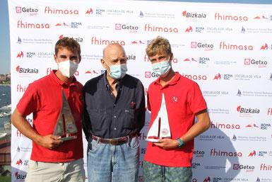 Gabriel Laiseca, proel de Alonso-Allende vencedor del mundial de 1957, con la primera tripulación juvenil