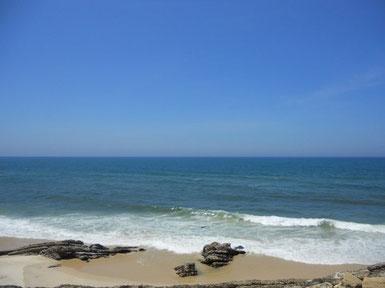 Strand am Atlantik im Juni
