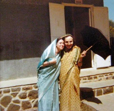 India: Laurie with Mehera Irani. Courtesy of Eric Teperman.