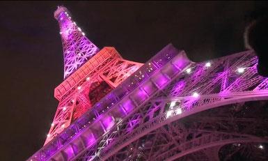 Der Eiffelturm in Pink