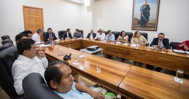 Apoya Cuauhtémoc Blanco con recursos económicos a los nuevos municipios indígenas