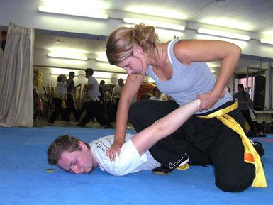 In der überlieferten Kampfkunst Kung Fu gibt es keine Kampfregeln; Grundlage für eine effektive Selbstverteidigung