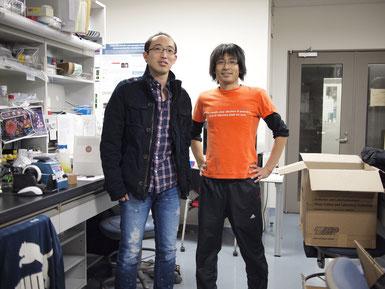 本人(左)、大先輩・清水さん(右)