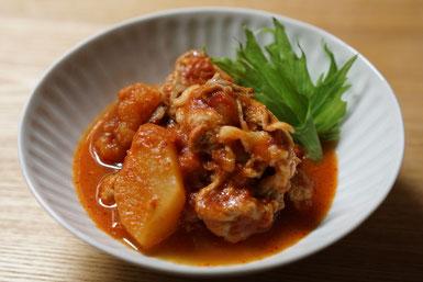 仲本律子 R工房 女性陶芸家 ブログ 土鍋 お料理 豚肉とリンゴ トマト 土鍋作品