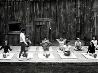 Joseph Pilates teaches a mat class in Upstate New York