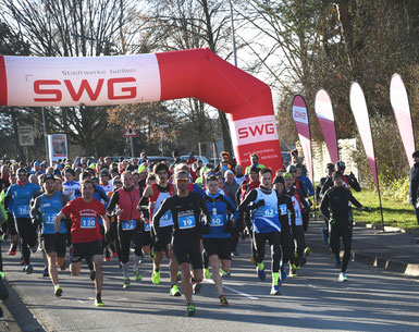 Start 15km Pohlheim,  FOTO: Schaake