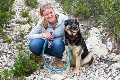 Spaziergang mit Hofhund Jenna