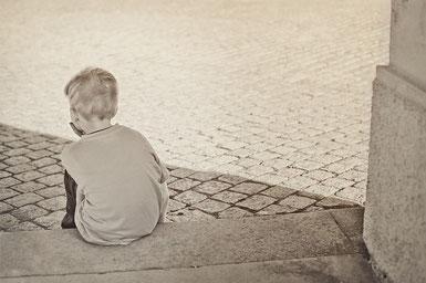 """Bild: """"einsam"""" von Bild von Esi Grünhagen auf pixabay.com"""