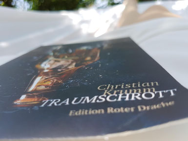 Traumschrott, copyright: Booktasy