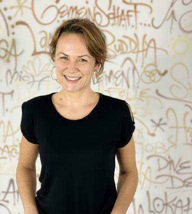 Caro Finkler Yoga Leverkusen