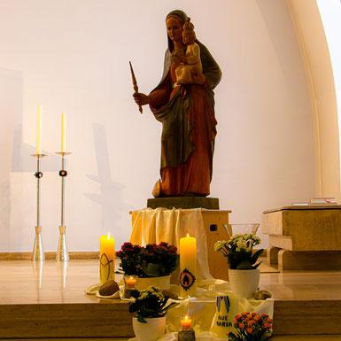 Madonna in der Suitbertus-Kirche, Duisburg-Wanheim