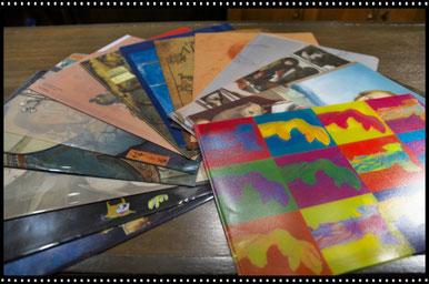 美術館などへ行くたびに買い集めたクリアファイルたち