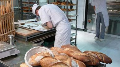 La levure est indispensable à la confection de pain. jerome DELAHAYE - stock.adobe.com