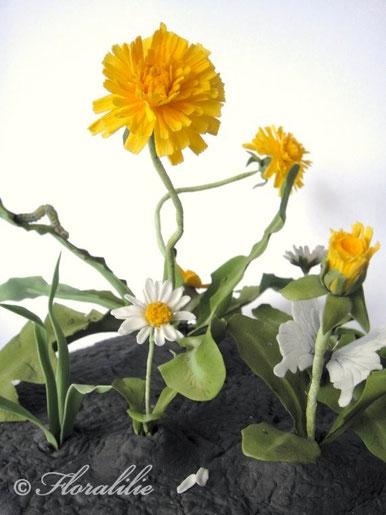 Raupe und Schmetterling aus Zucker von Floralilie