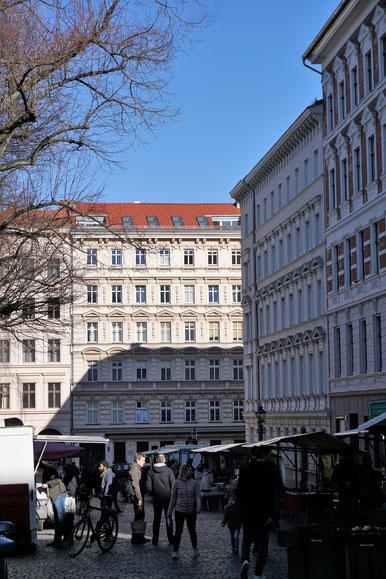 Ökomarkat auf dem schönen Chamissoplatz in Berlin/ Kreuzberg