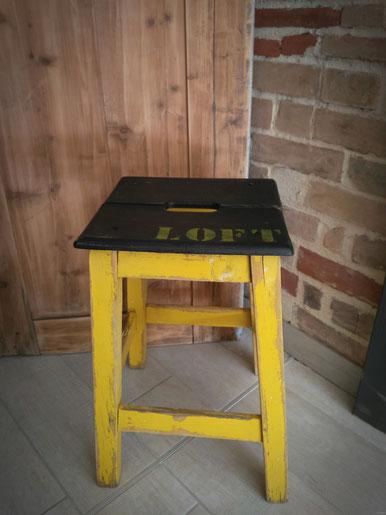 relooking de meuble tabouret atelier jaune noir loft vintage recup retro le mans sarthe