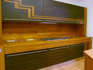 CUCINA in lamellare massiccio ROVERE wenge 8000 euro + iva