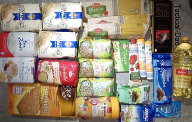Das Licht einer Taschenlampe soll als Waffe wirken und ein Strobo-Modus soll nützlich sein? So ein Unsinn!