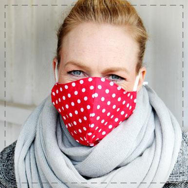 Julia Design Maske aus Stoff Stoffmaske Gesichtsbedeckung Stoff Baumwolle handmade Handarbeit schön