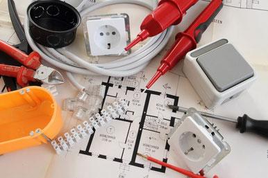 Elektrotechnik bei Firma Schwenk in Selb