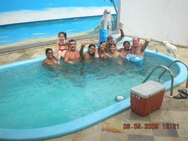 Elen, M. Eduarda, Julio, Wilson, Samara, Juliana, Junior(Marine), Gilda e Marine estrearam a Pousada!!