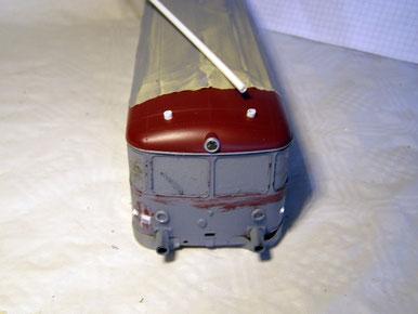 Auf dem Dach die Basis für die Lampen/Strahler