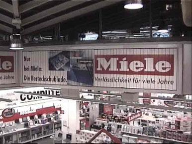 Prismenwender im Media Markt Hieting / Wien