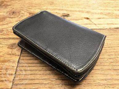 ケブラ財布