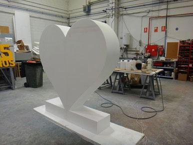 Corazón 2 metros con peana