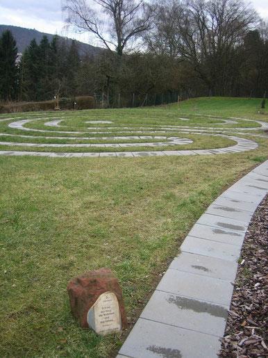 Meditieren und Beten auf dem Hebronberg