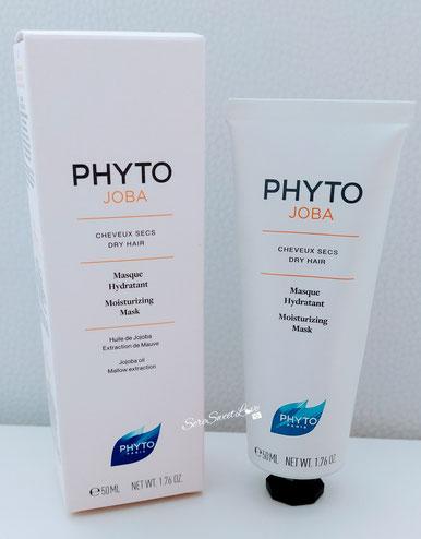 Maschera idratante capelli secchi Ohyto Joba Masque Hydratant sopra il tavolo