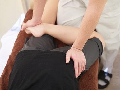 股関節痛には適切な整体を