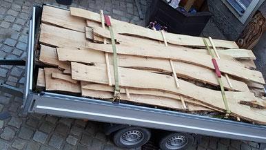 Holzschilder Türschilder Stehle Kerzenhalter Brennschrift Kerstins-Holzkunst Brennmalerei www.kerstins-holzkunst.de birke schwartenbretter eiche birke lärche schlüsselanhänger kaminholz