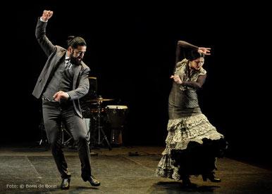 "Antonio Molina ""El Choro"" & Gema Moneo 2017 im tanzhaus nrw/Color-Foto by Boris de Bonn"