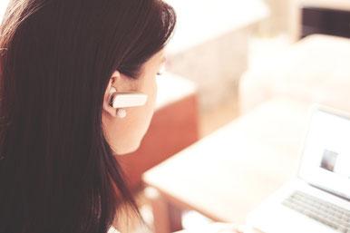 Im Telefongespräch sprechen wir Ihren Werdegang mit Ihnen durch
