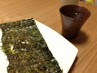 天たつの「板岩のり」は福井県三国でとれた天然の岩のりを板状に干して作ったシャキシャキとした食感が特徴の磯の香り濃い板のりです