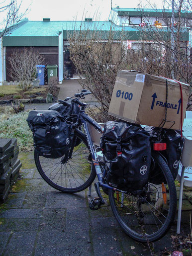Umzugstranport nr. 1// The first transport for the accommodation move.