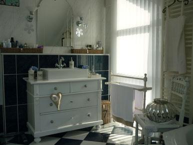 Gut angekommen - ein Waschtisch im neuen Zuhause